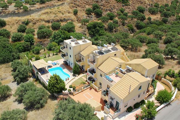 Springbreak XL - Hotel en appartementen Creta Village