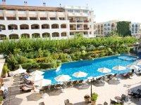 Theartemis (hotel)